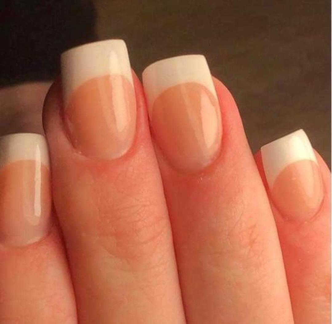 Voorbeeld nagels verlengen